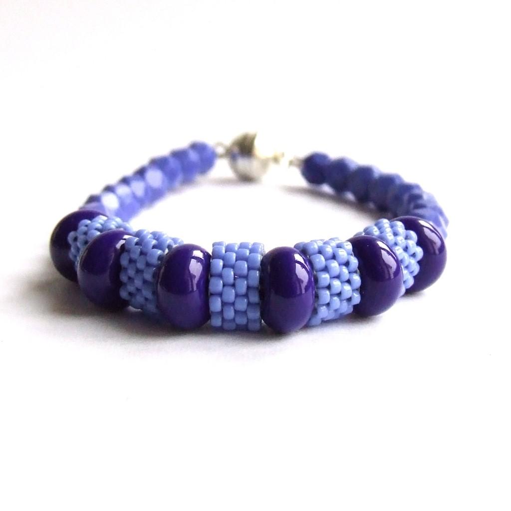 periwinkle peyote bracelet